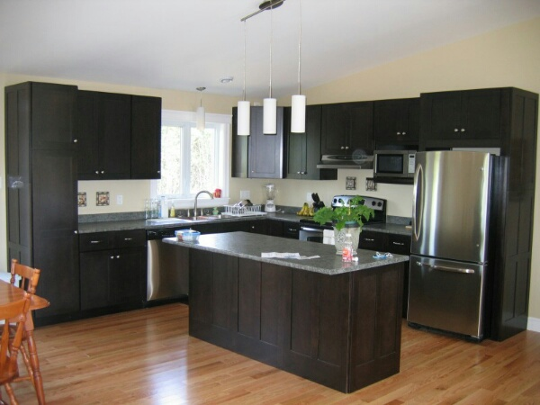 Kitchen Cabinets Vancouver - Kitchen Cabinetry